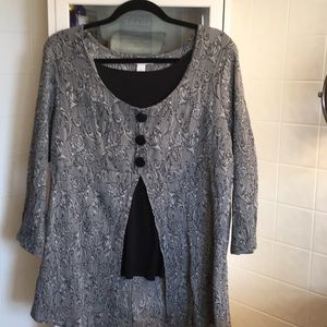Black and grey split cover tunic
